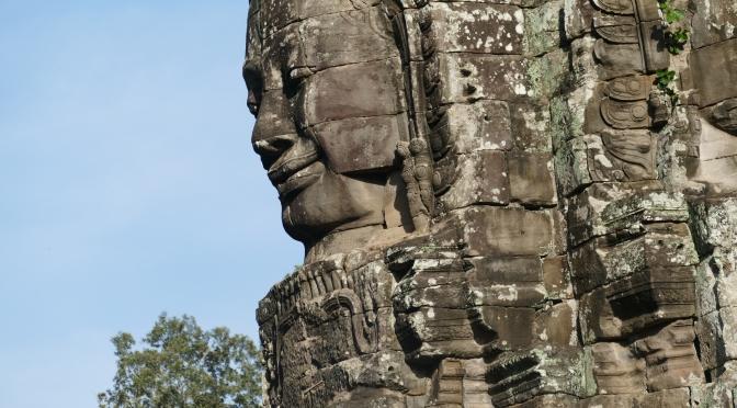 «Quand Angkor se découvre à nos yeux,…»